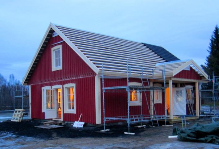Lantligt gårdshus Villa Varm