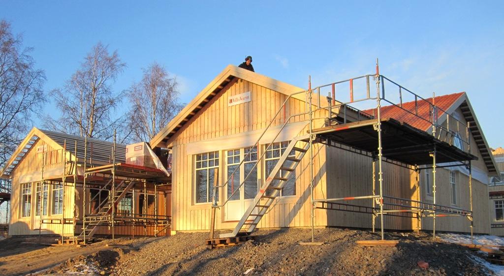 Stomrest enplanshus med fristående garage i Umeå