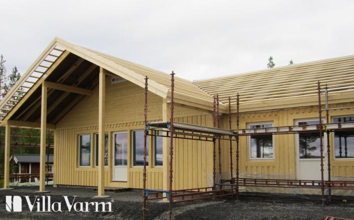 Stomrest hus veranda under tak