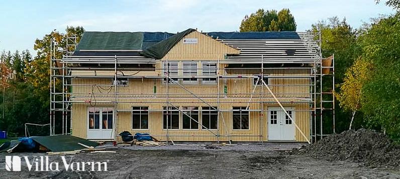 Lantligt hus i två plan Villa Yresta – Uppsala